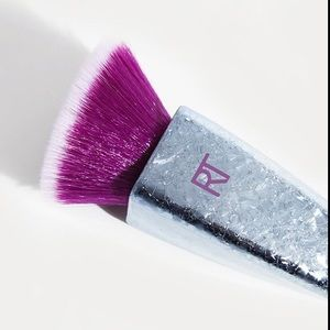 Real Techniques BRUSH CRUSH FOUNDATION BRUSH 301